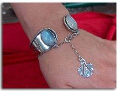 Ka Bracelet with Moonstone